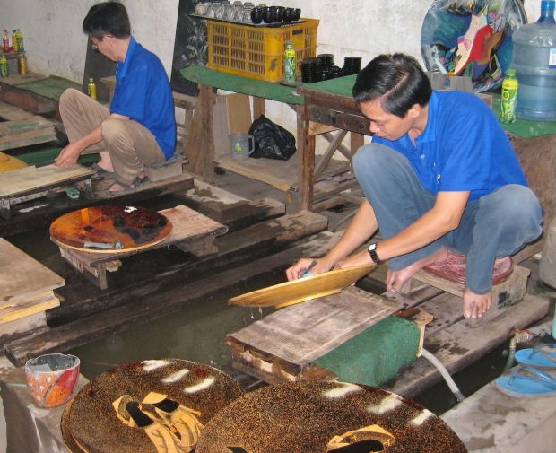 Lacquerware factory workers