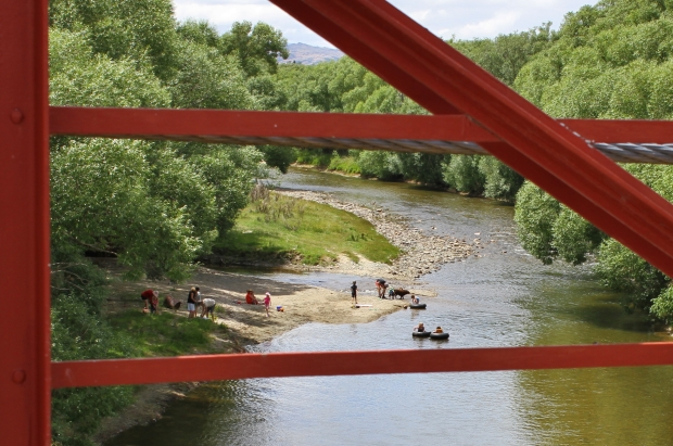 Playtime at the Manuherikia River