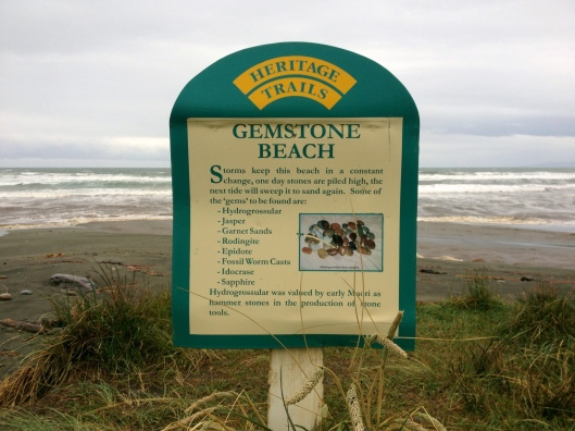 Gemstone Beach, Catlins