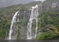 Doubtful Sound - waterfalls