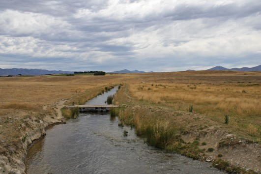 Central Otago Rail Trail, irrigation channel