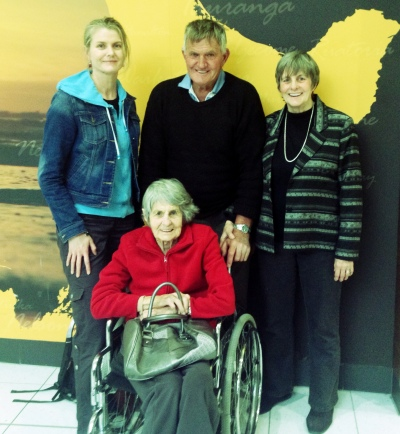 Quick catch-up with Mum, Dad and Gran at Auckland International