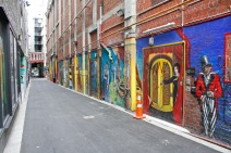 Murals / Opera House Lane