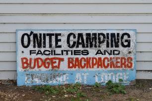 Backpacker sign, Waihau Bay