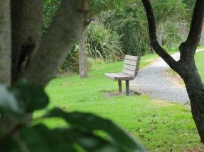 Walkway seat