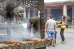 incense burning, Jing'an Temple