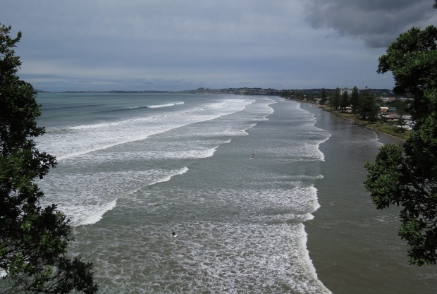 post storm swell at orewa