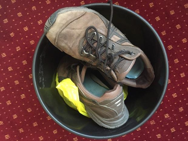 Bye shoes