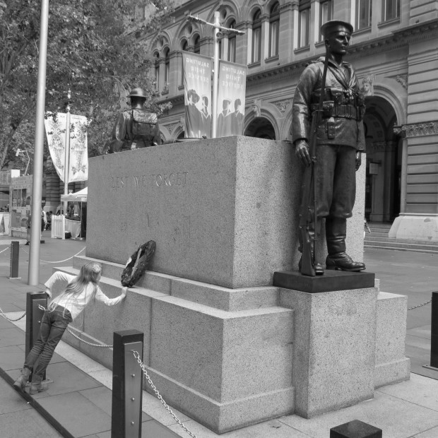 The Sydney Cenotaph and a small visitor